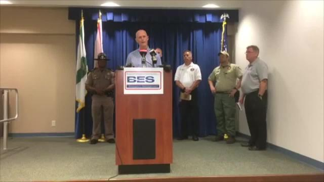 Saturday night: Rick Scott gives update on brush fire