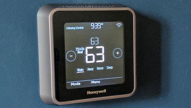 Watch: Review of Honeywell Lyric T5 Wi-Fi Thermostat