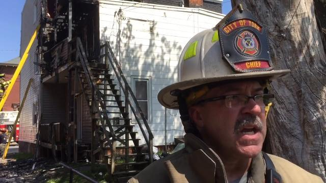 Watch: Fire displaces 8 from two homes in York