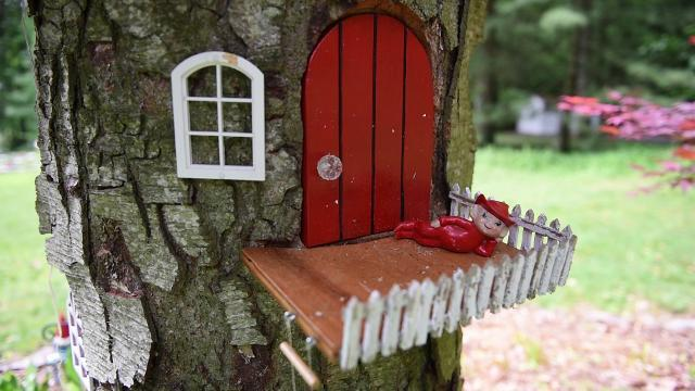 Watch: Welcome Gnome -- a gnome home in Mt. Gretna