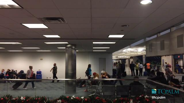 Passengers moving smoothly through Fort Lauderdale-Hollywood Airport Saturday.