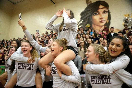 Cherokees volleyball heads to state tourney