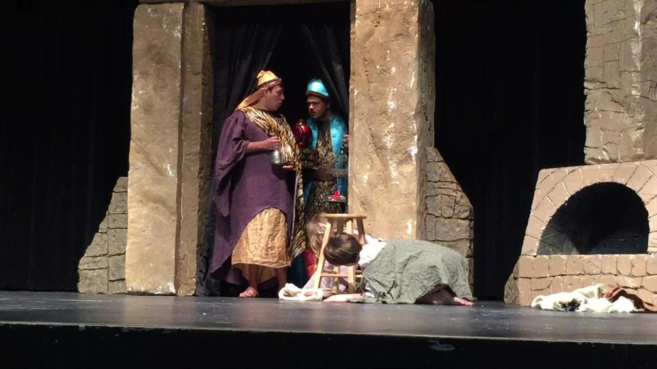 """""""Amahl and the Night Visitors"""" performed by ACU Opera at Abilene High for AISD 7th grade students"""