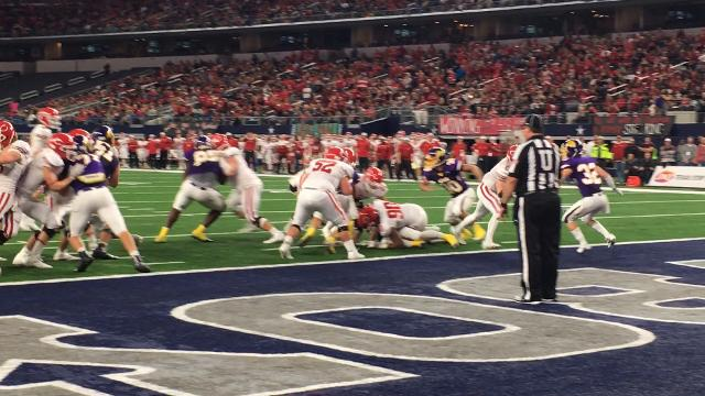More first half action during the Wylie vs. Carthage Class 4A, DI championship game.
