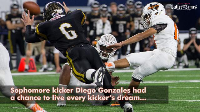Second-ranked Refugio Bobcats claimed their fourth overall state championship, defeating No. 9 Crawford in a 23-20, Class 2A Division I thriller.
