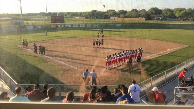 District 30-5A Softball: T-M 9, Veterans Memorial 2