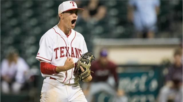 Texans Strike Back: Loftin leads Ray to 6-1 win