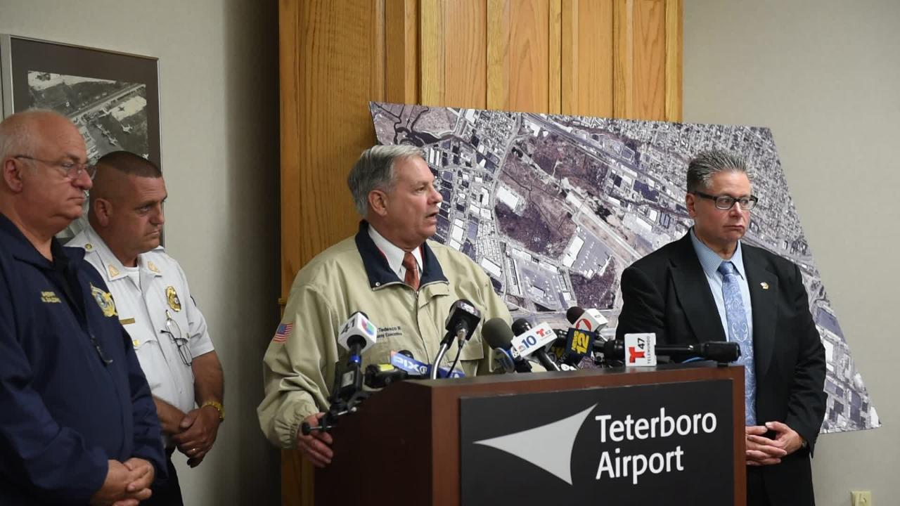 Video: Teterboro crash Monday night press conference