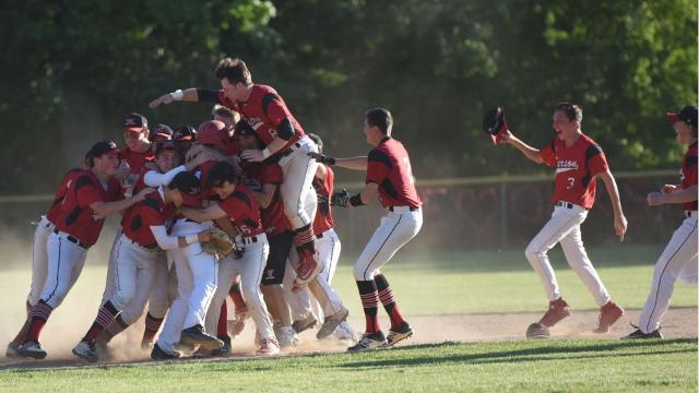 The Cavos rally to capture the North 1, Group 1 sectional title and reach the Group 1 state final for the second time in three years.