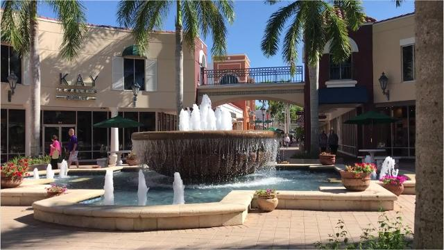 Pet-friendly malls in Southwest Florida