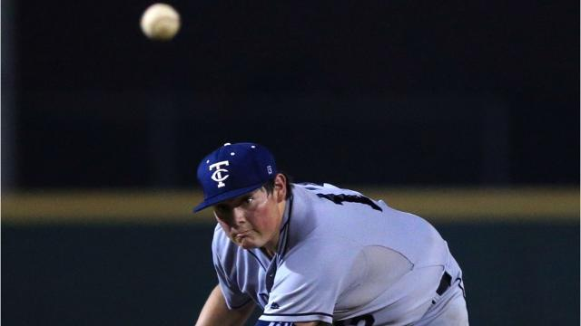 Carroll used three early runs to help the Tigers hold off Veterans Memorial in the District 30-5A South Zone opener.