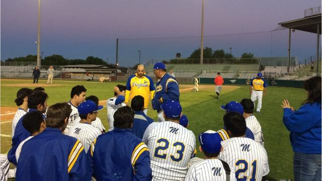 Ramsey Flores' run-scoring double in the third inning was the only run in a tight 1-0 victory for Moody against Veterans Memorial on Tuesday.
