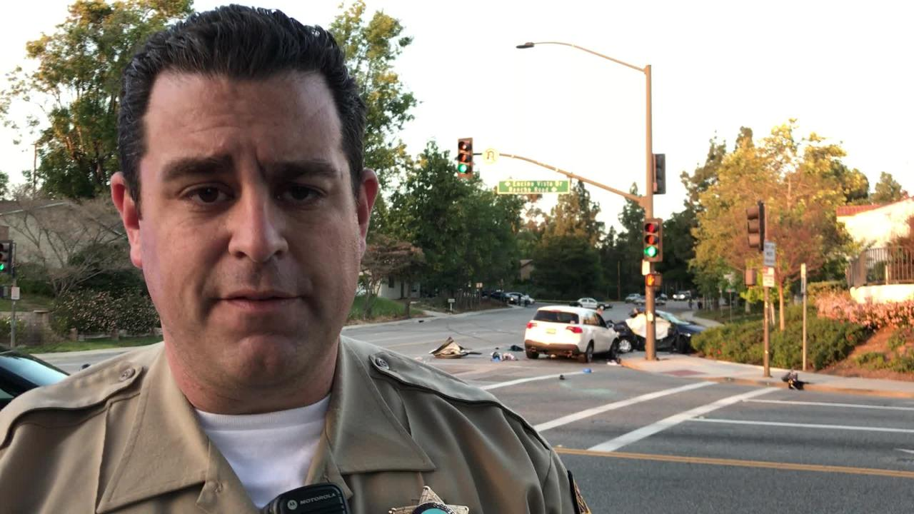 Video: Thousand Oaks car crash kills 2 men